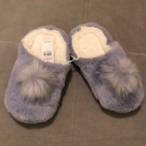 LOFT outlet Pom Pom slippers size M 7-8